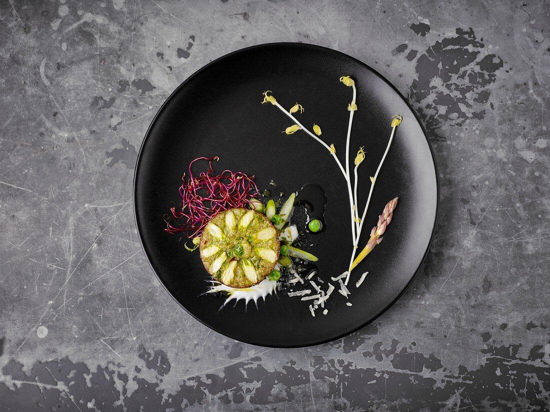 Quinoa-Muffin mit Erbsen und Spargel als Foodbild