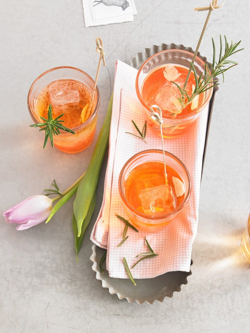 Aperitifs with rosemary for Easter