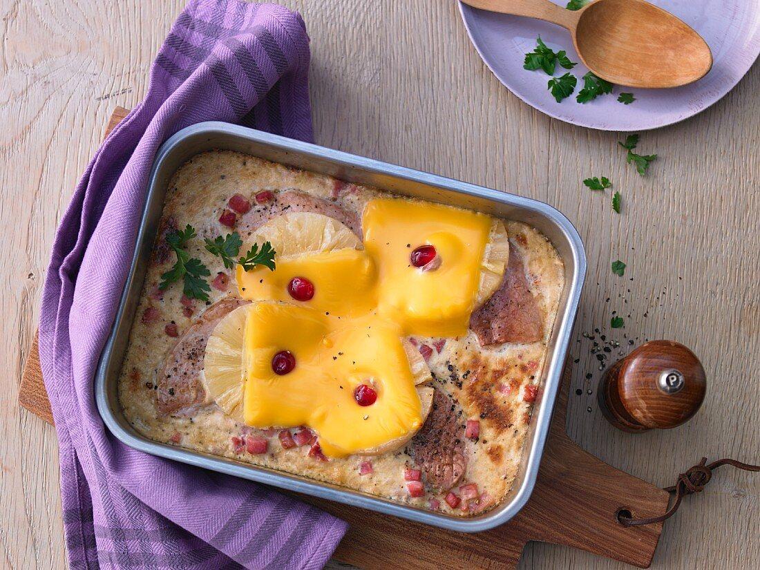 Hawaiian schnitzel with pineapple