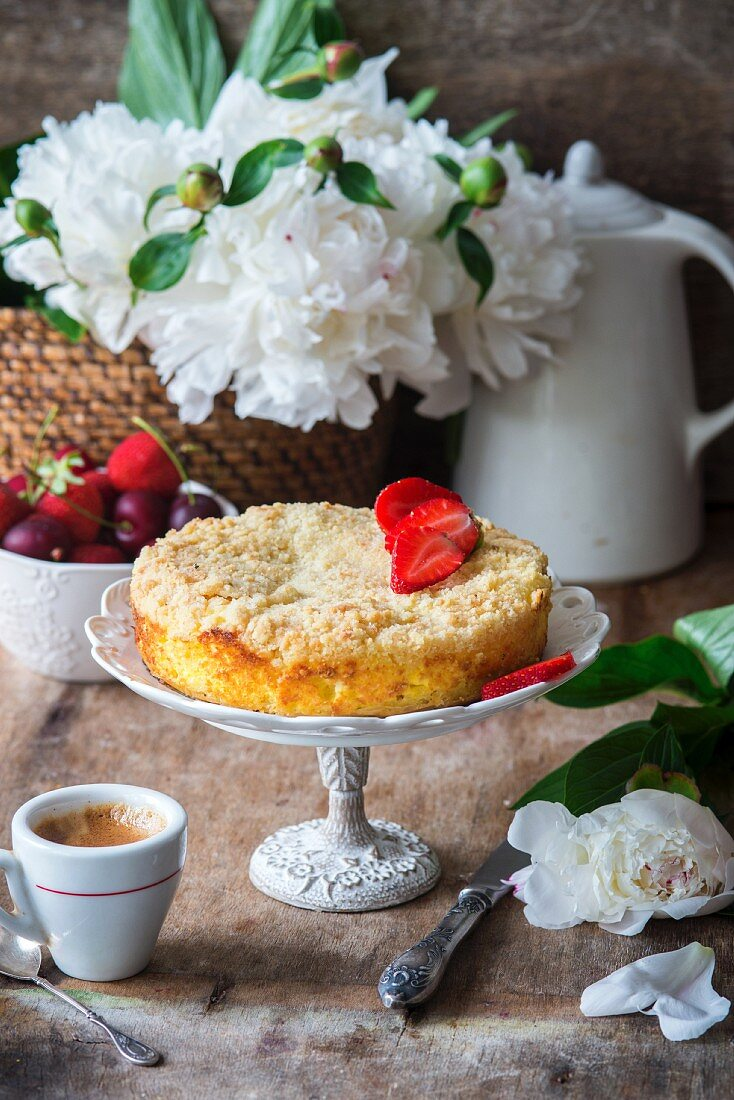 Crumble cake with quark filling
