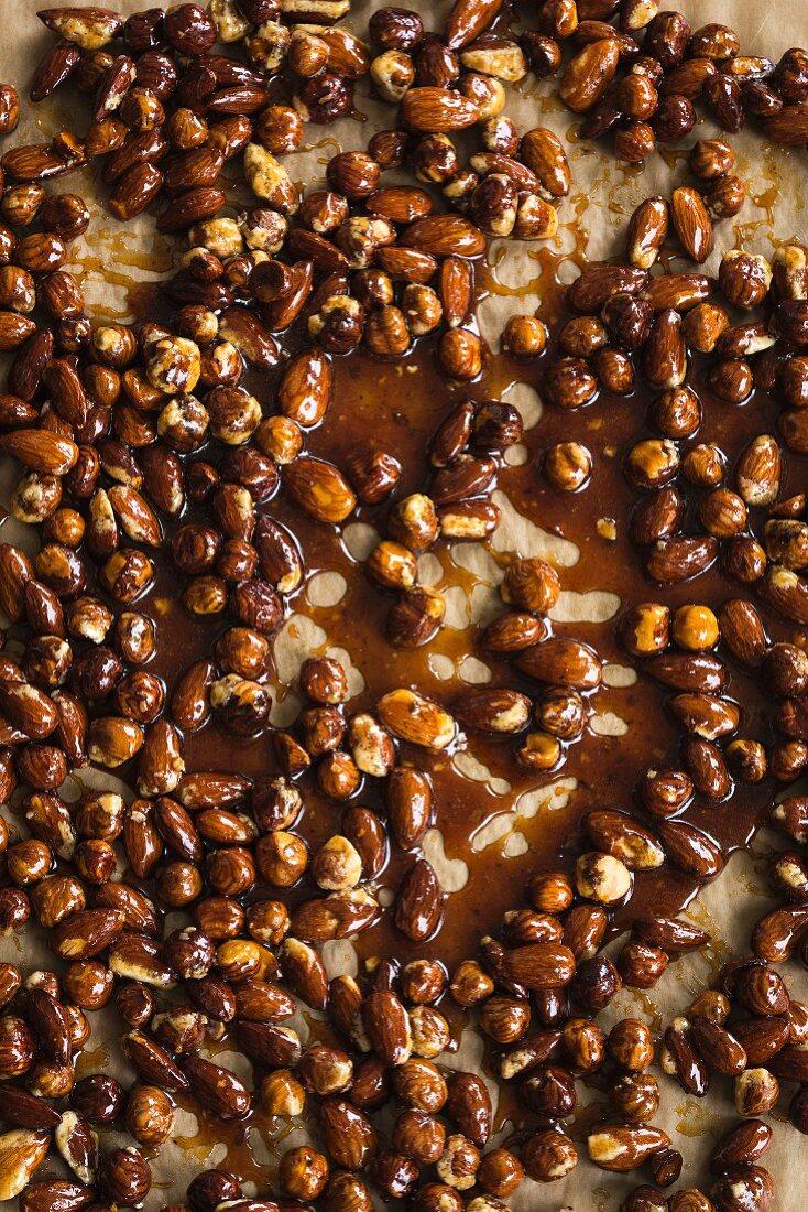 Roasted almonds and hazelnuts