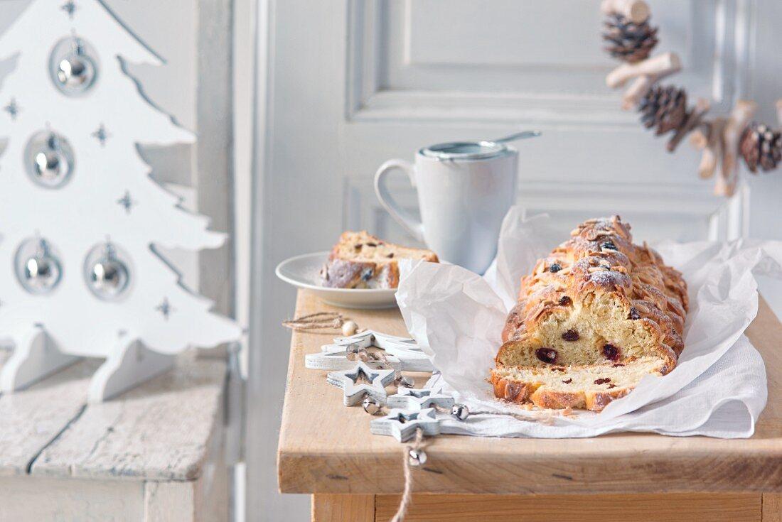 Christmas bread with raisins