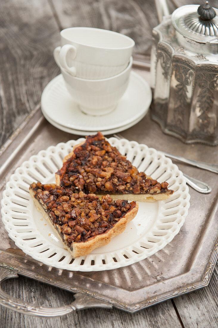 Walnut cake (afternoon tea)