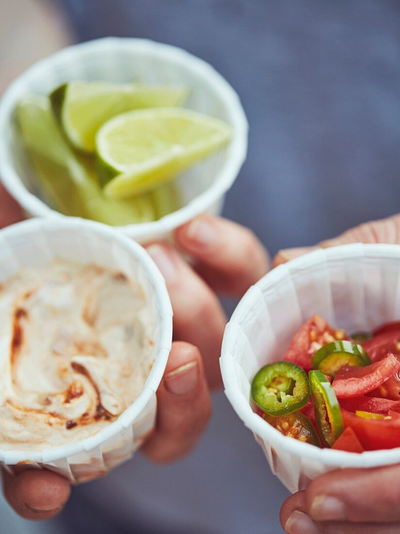 Chipotle Mayo Dip, limes and chillies