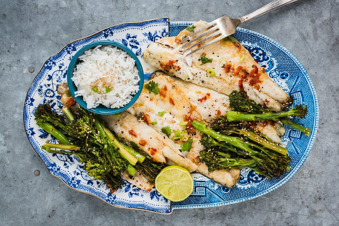 Oven baked sea bass with broccoli and rice (Asia)
