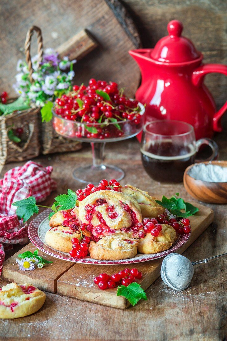 Red currant cream cheese cookies