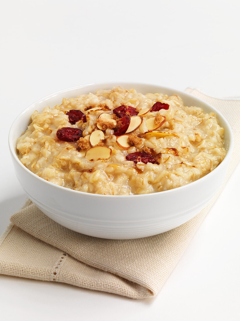 Porridge with dried cranberries