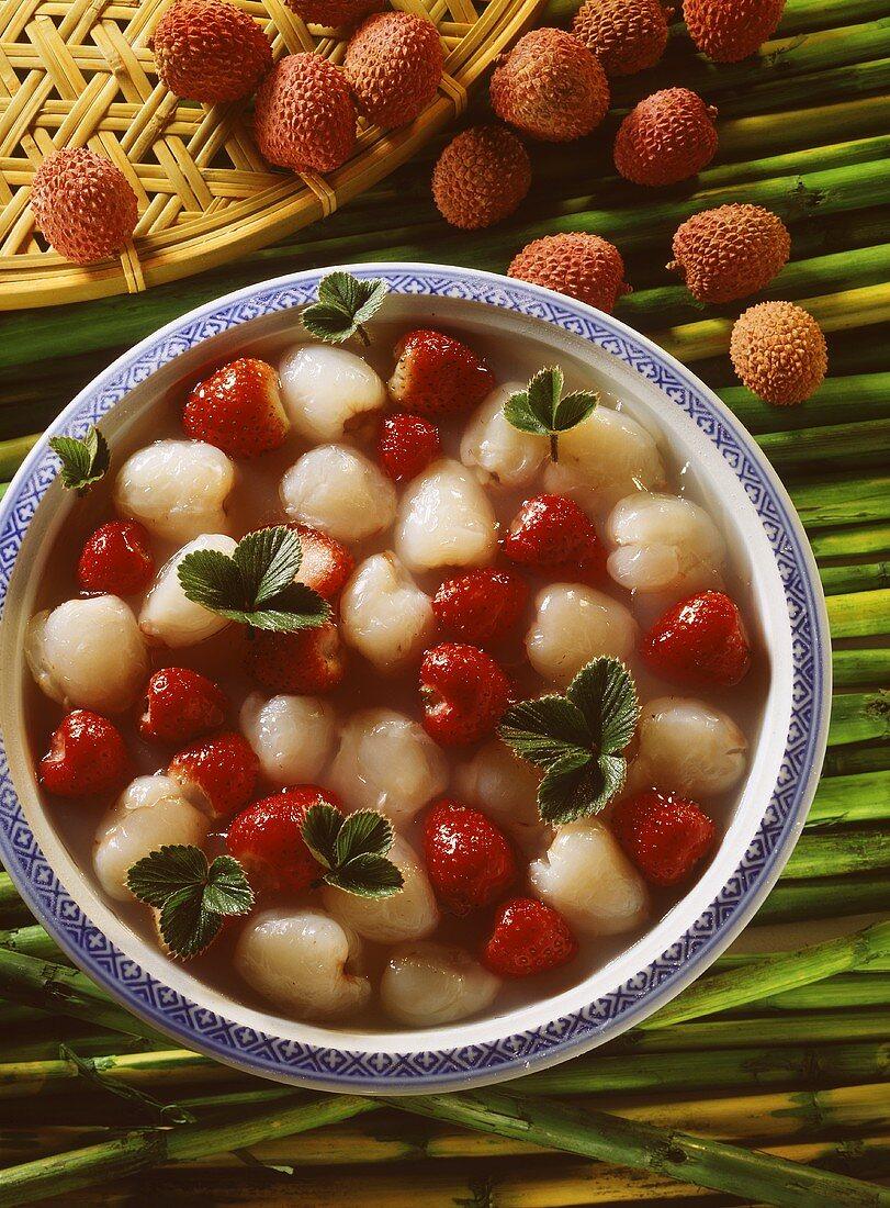 Crystal lychees (lychees and strawberries in agar-agar)