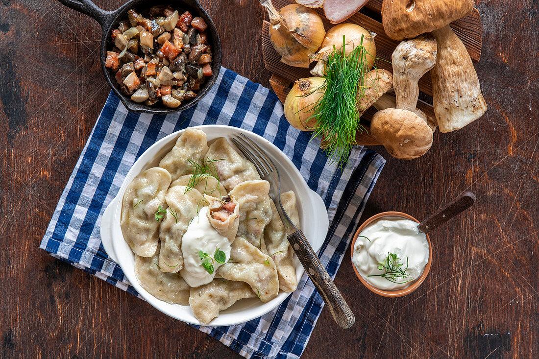 Mushroom dumplings (pelmeni) with bacon
