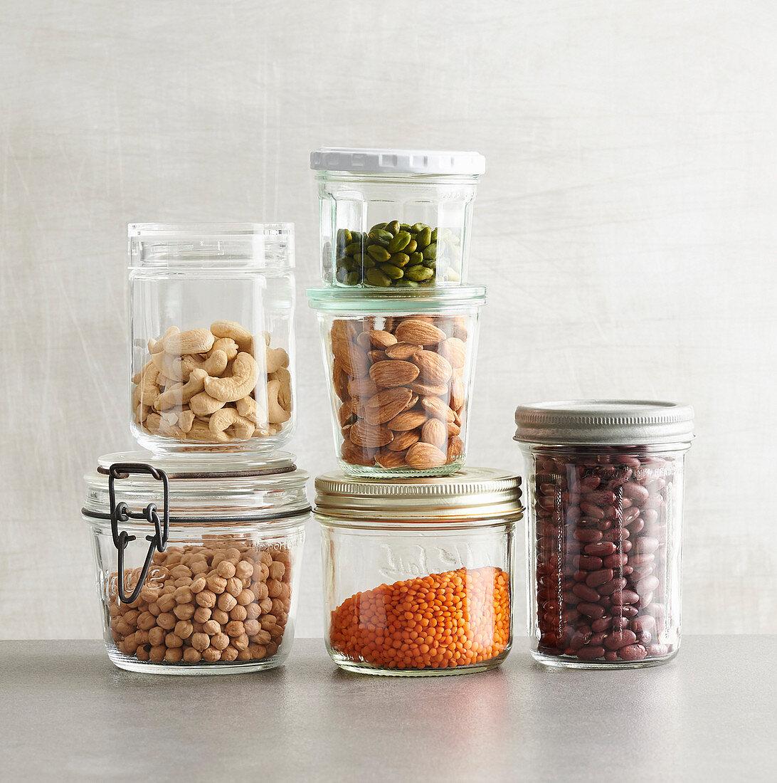 Low Carb Vorrat - Nüsse, Samen und Hülsenfrüchte