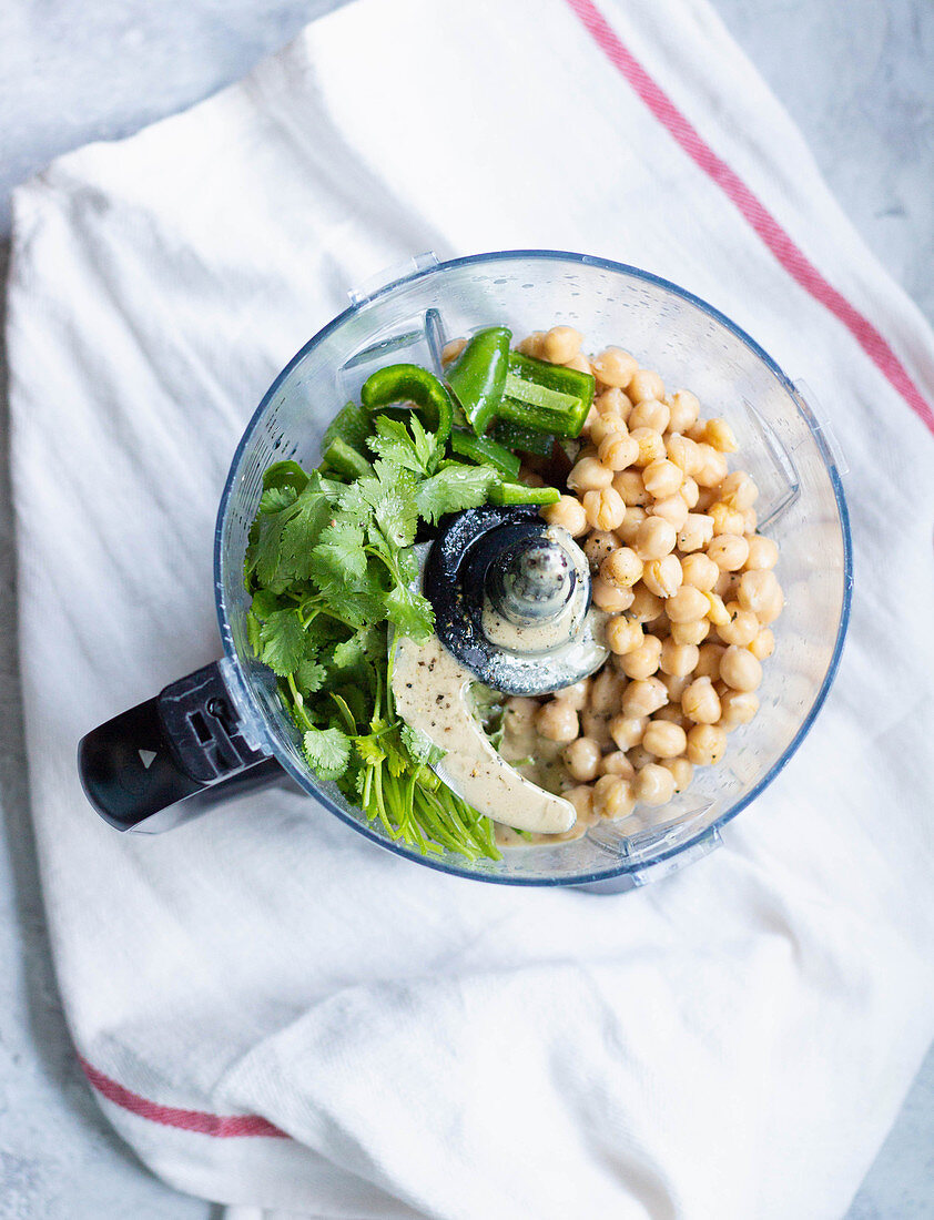 Chickpeas with jalapenos and coriander in mixer