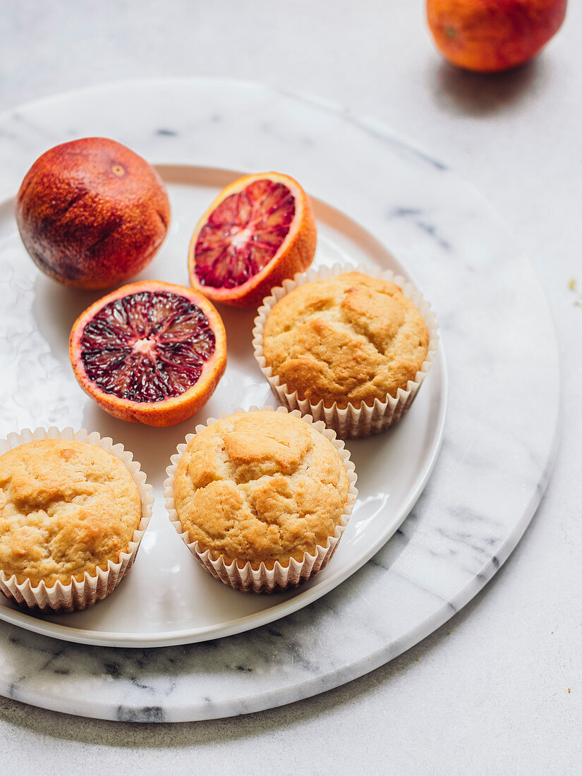 Blood orange muffuns with raisins