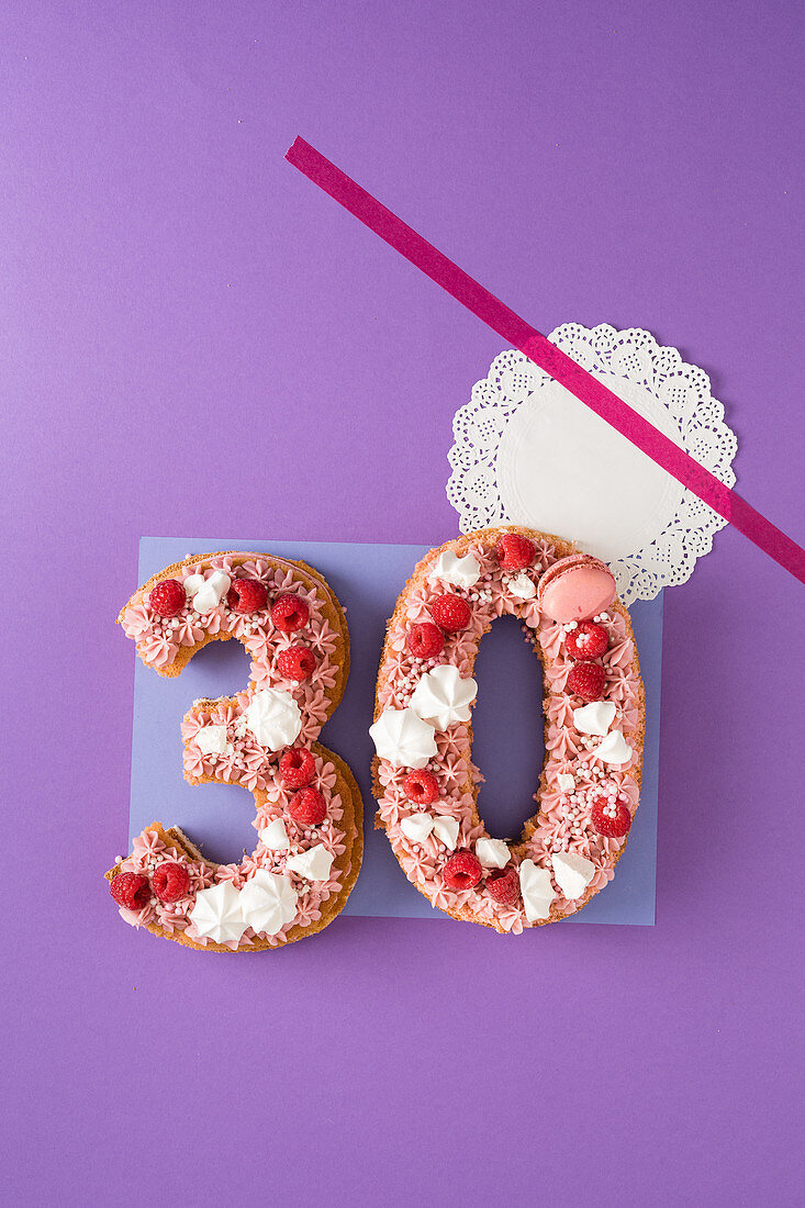 A raspberry cake for a 30th birthday