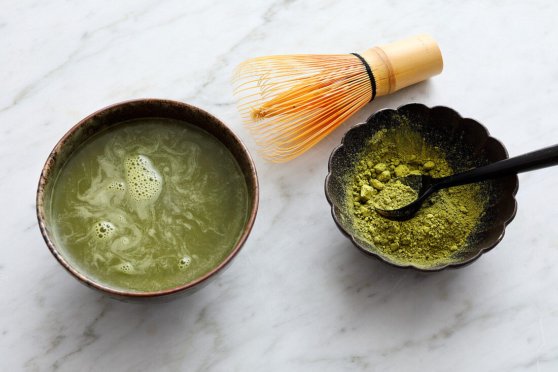 Matcha tea to activate fat burning