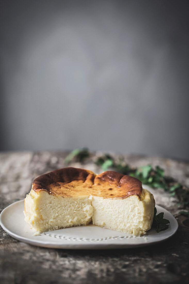 Cheese cake served on plate
