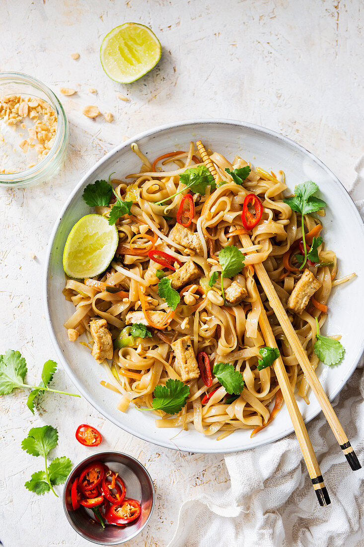 White bowl of vegan tofu Pad Thai noodle dish