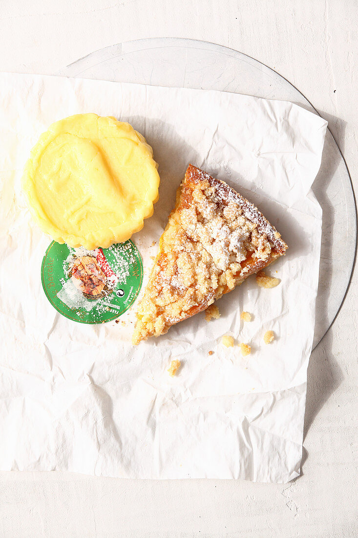 A piece of Breton apricot cake with streusel