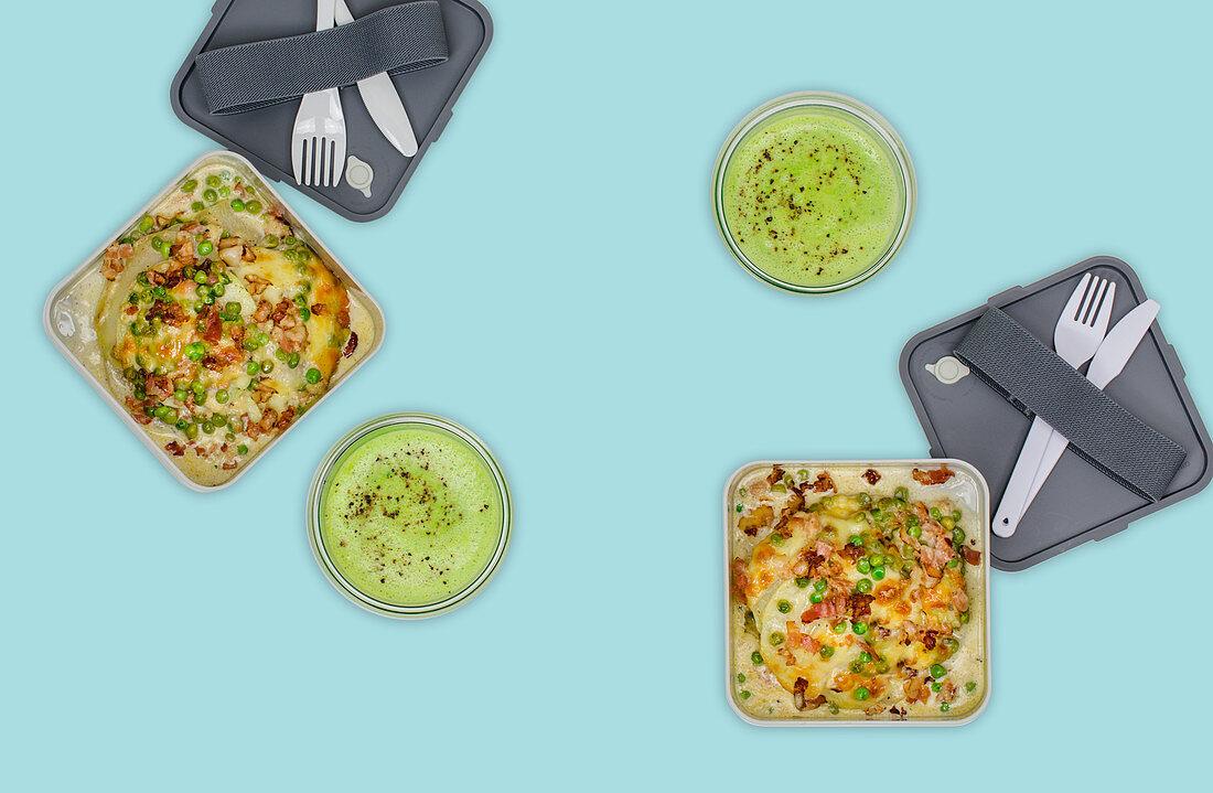 Kohlrabi lasagne and pea soup (meal prep)