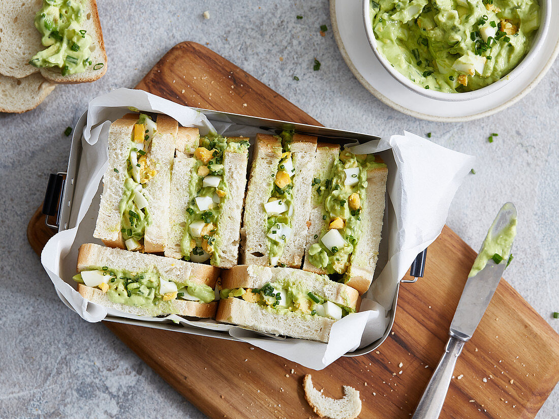 Sandwiches with an avocado spread and egg