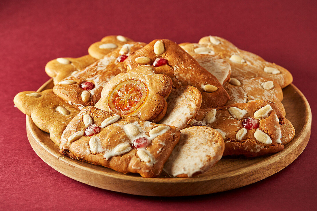 Various gingerbread biscuits on a plate