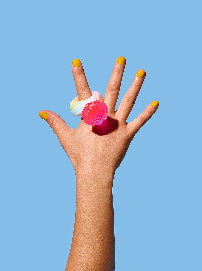 Hand with lollipop ring