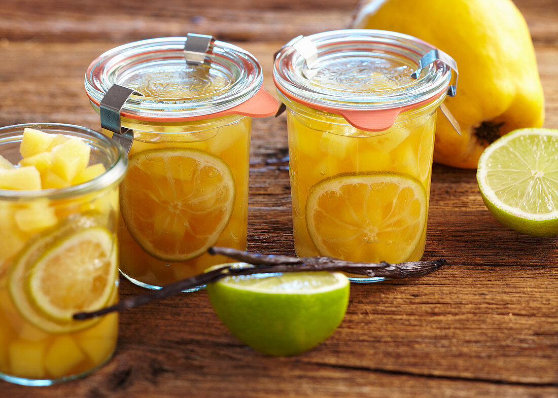 Preserved quinces with lime and vanilla