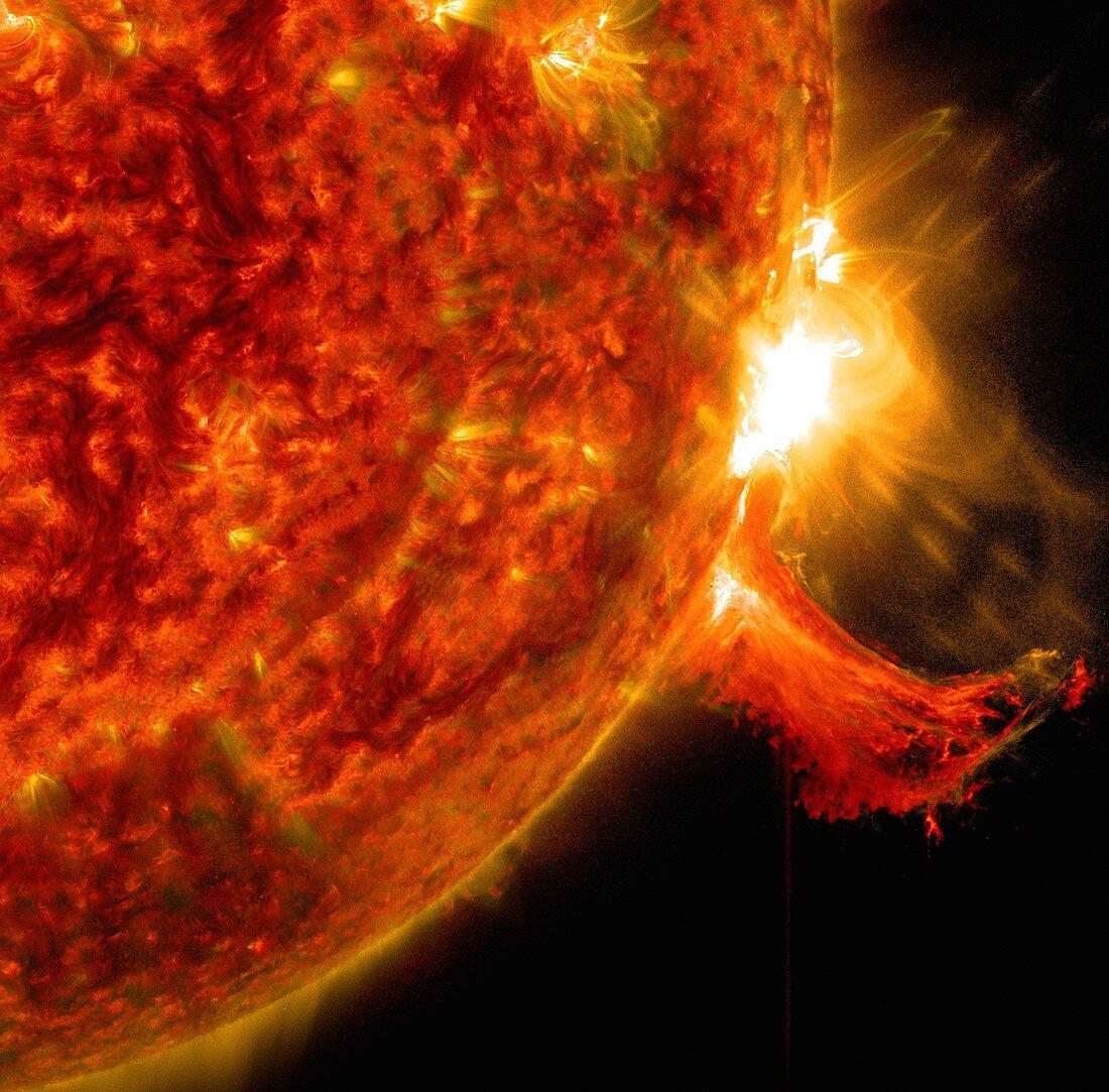 Solar flare, SDO ultraviolet image