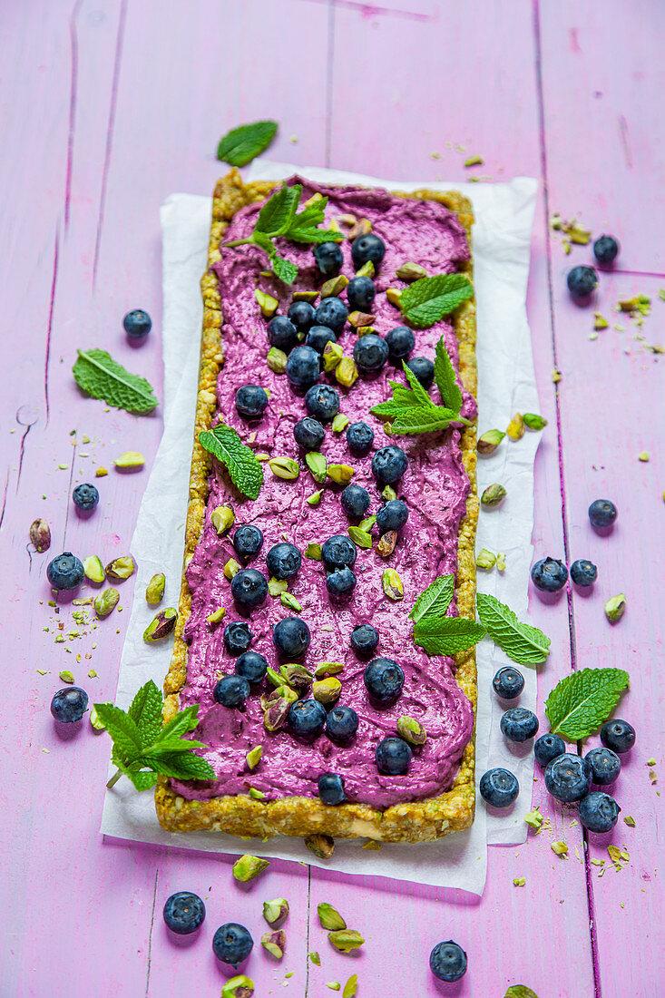 Blueberry pistachio cake (no bake cake)