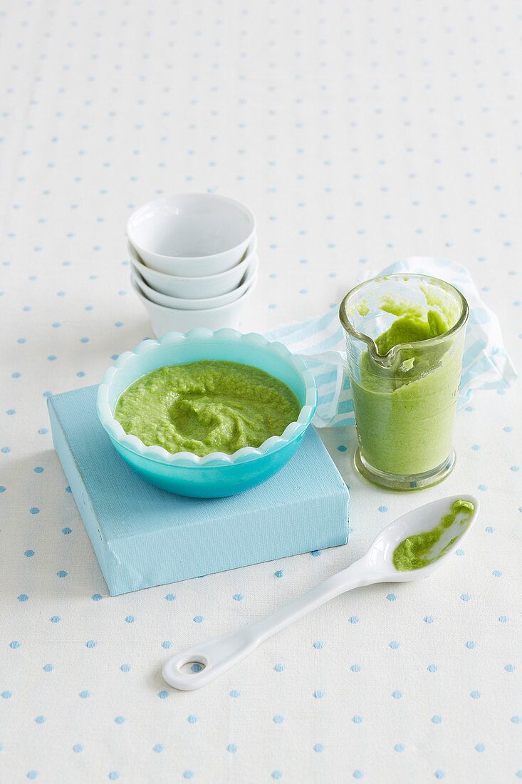 Turkey and Pea Soup for babies (6-9 Months)