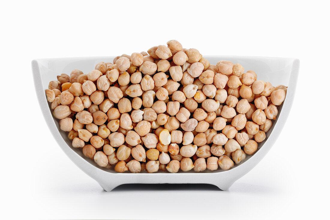 Chickpeas in a cross-cut bowl