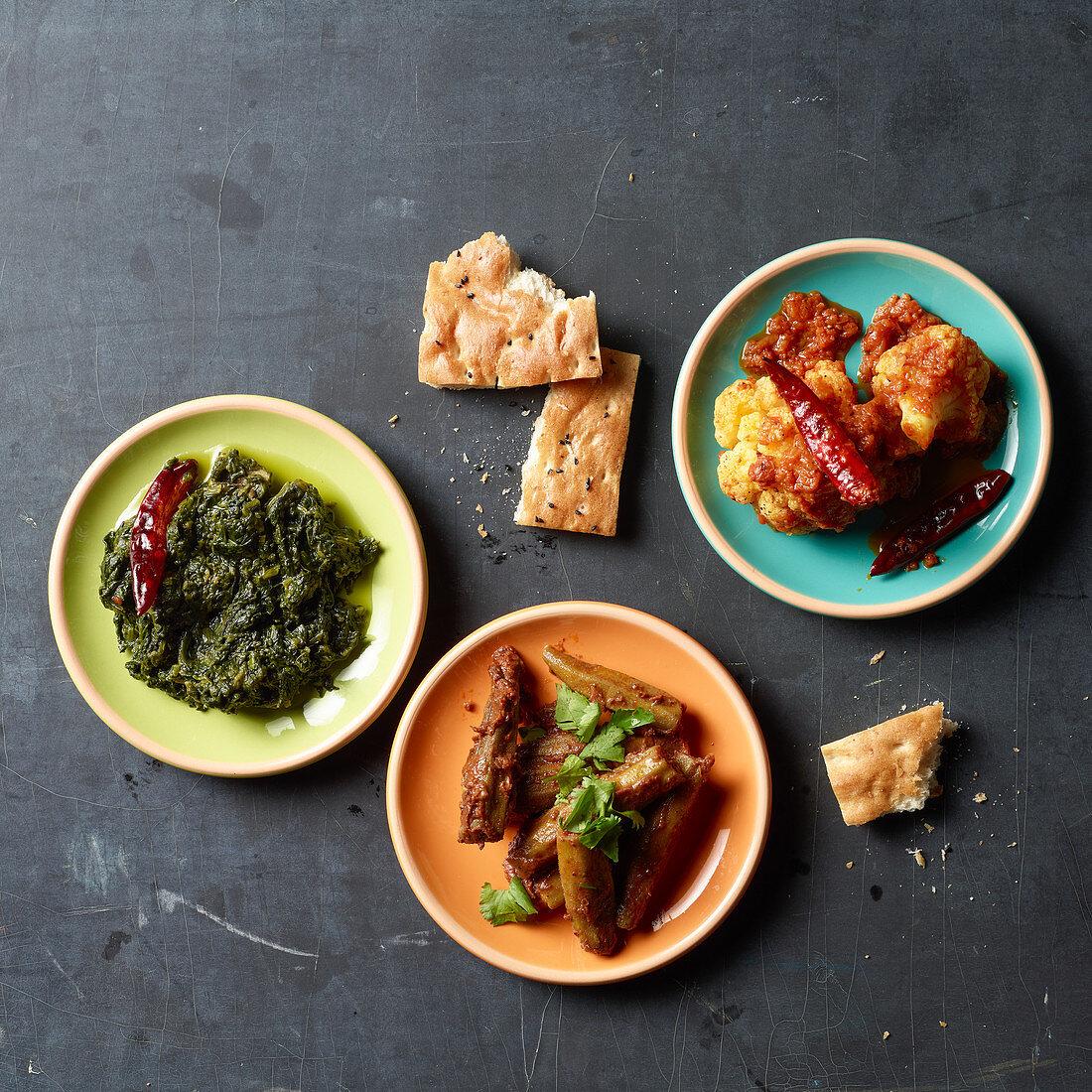 Afgahan food: okra, cauliflower and spinach