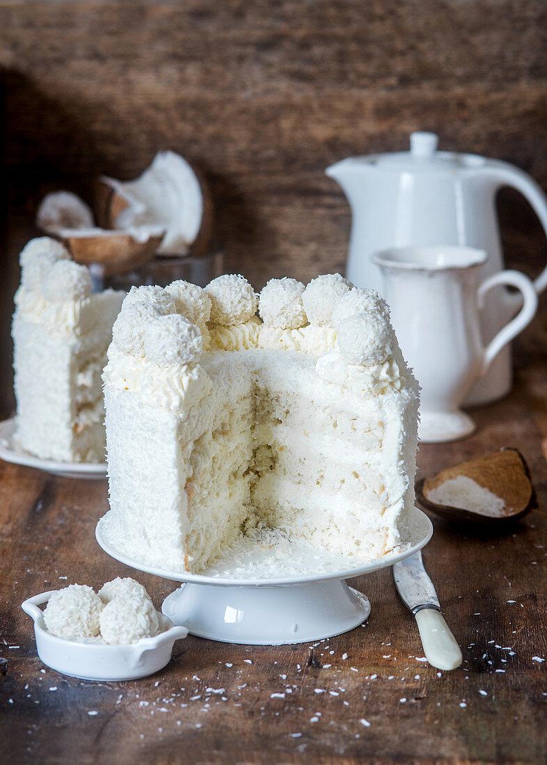 Coconut cake with angel food sponge