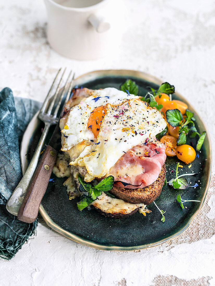 Croque Monsieur with rye bread