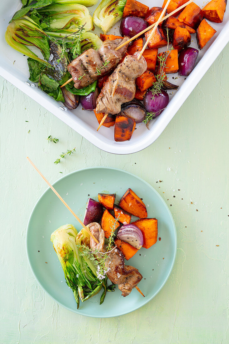 Lamb fillet with sweet potatoes and pak choi from a tray