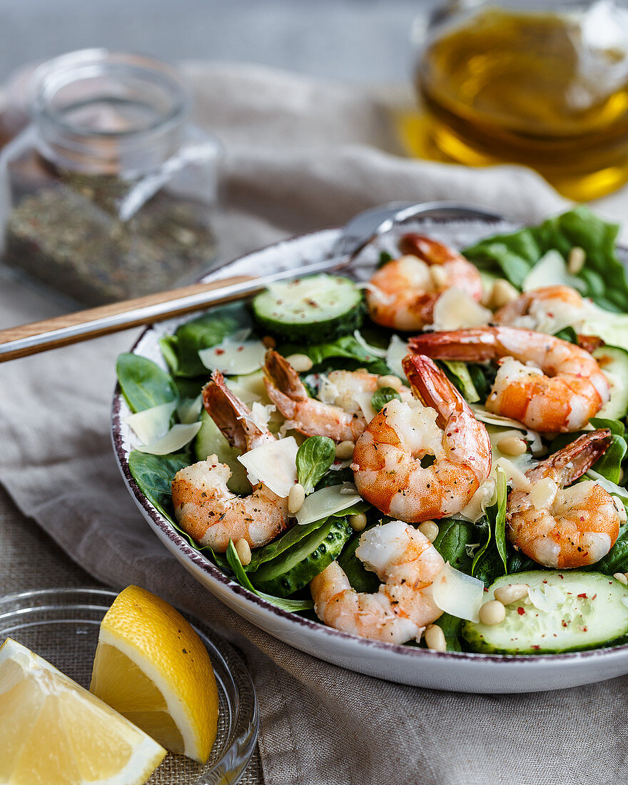 Cucumber salad with prawns