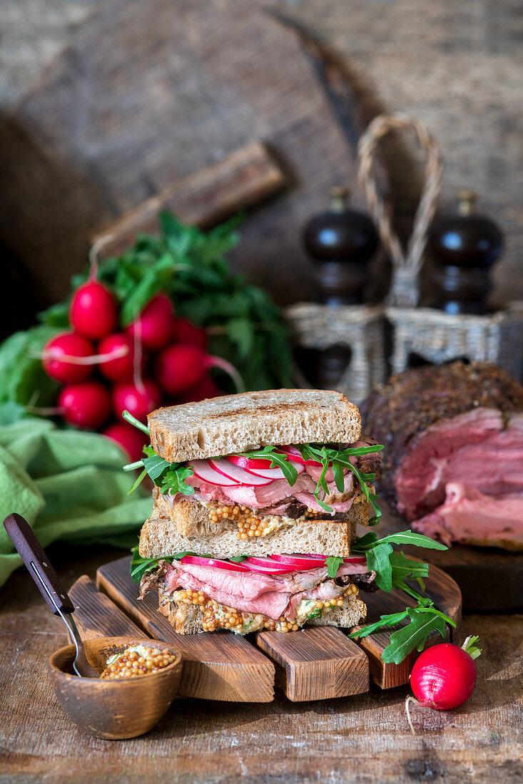 Roast beef sandwich with radish