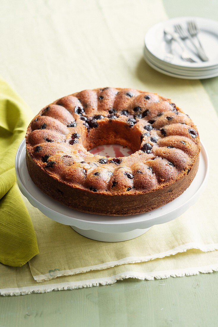 Sour cherry and mascarpone cake