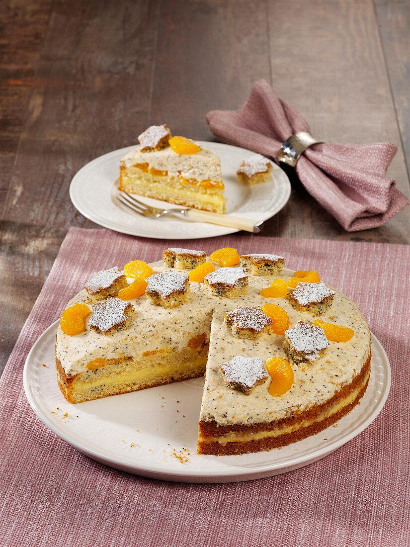 Poppyseed cake with mandarins