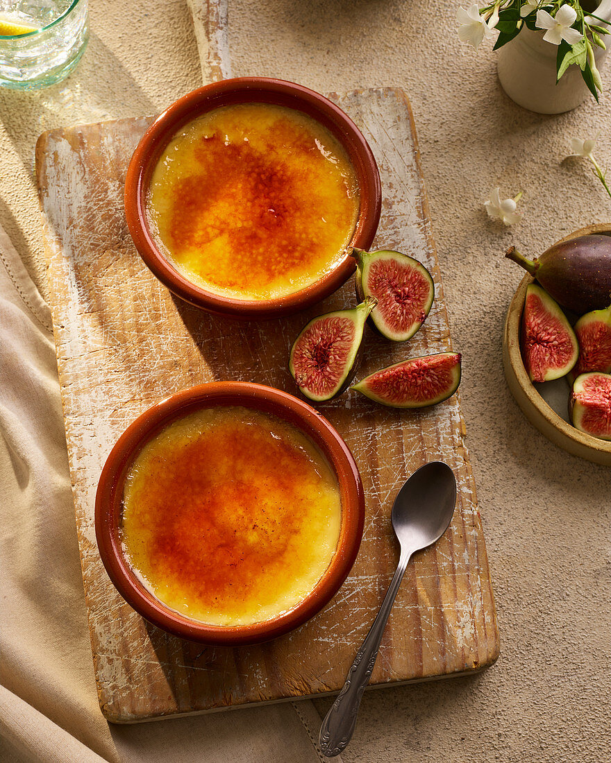 Creme Brulee with Figs