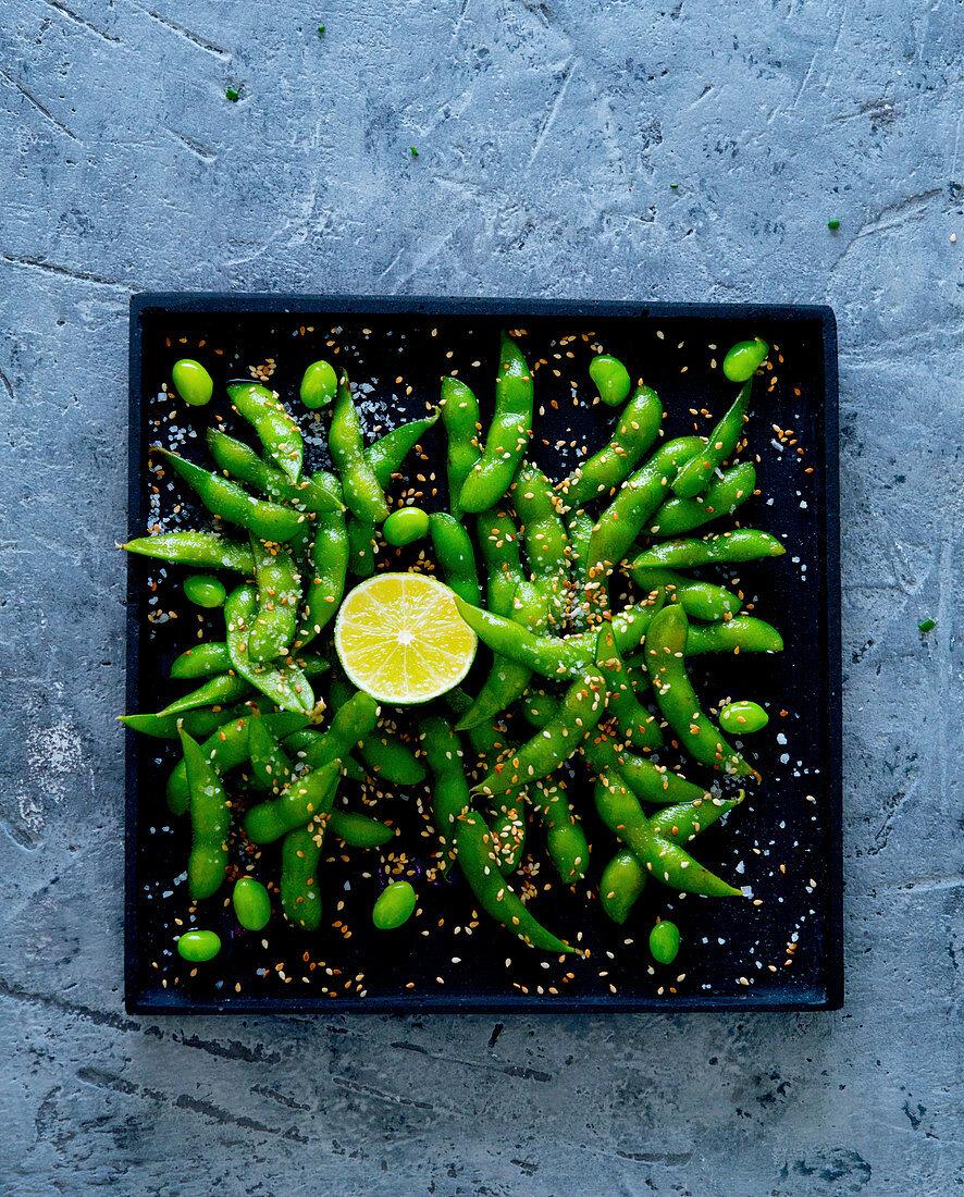 Edamame with sesame seeds and lime