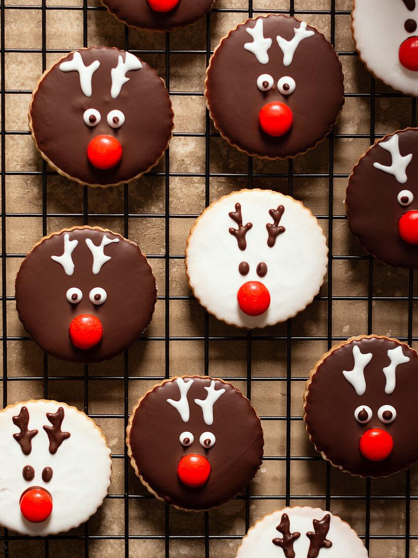 Reindeer Christmas cookies on a cooling grid