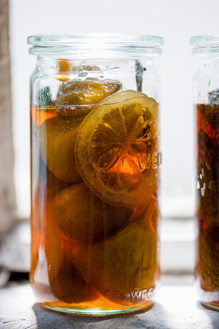 Caramelised figs with lemon and cinnamon in a jar