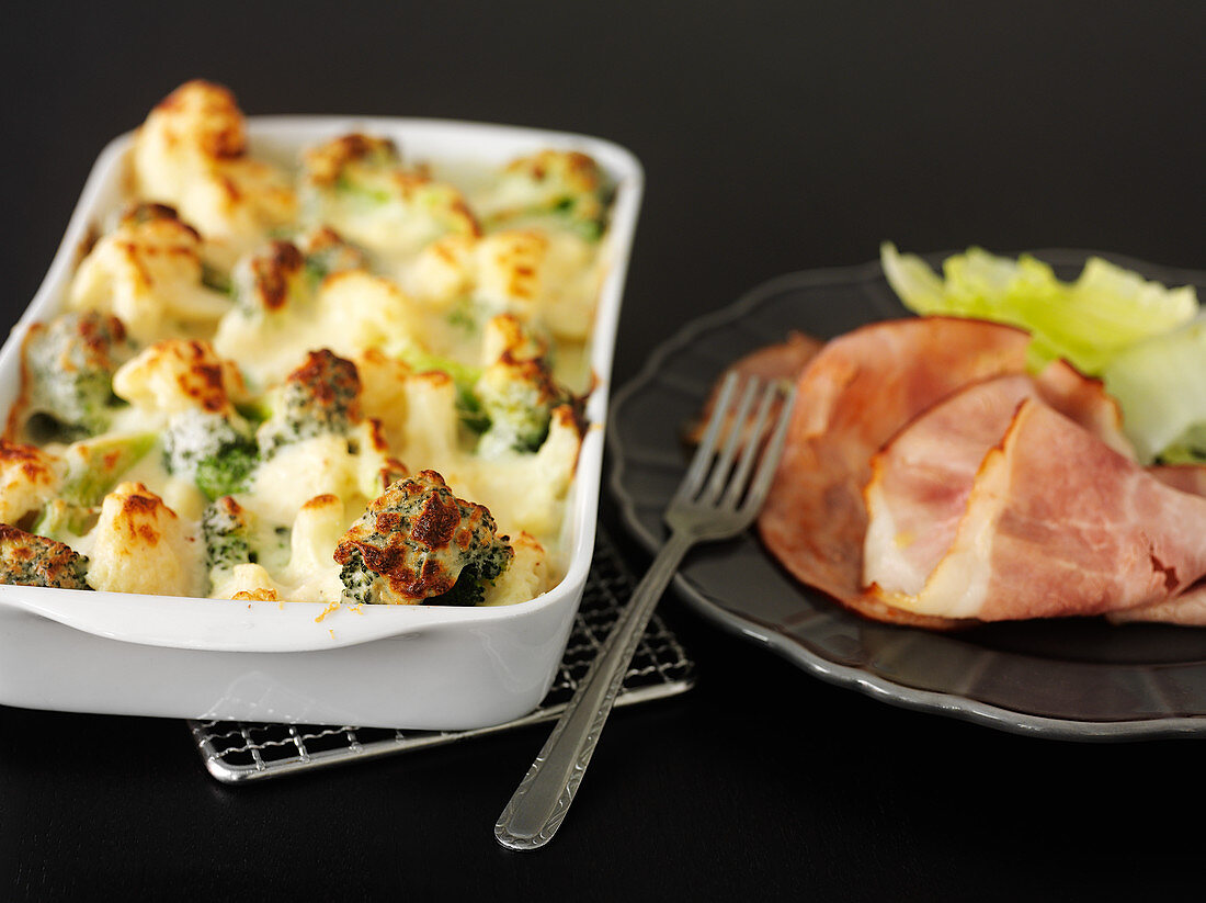 Cauliflower and broccoli bake with cooked ham