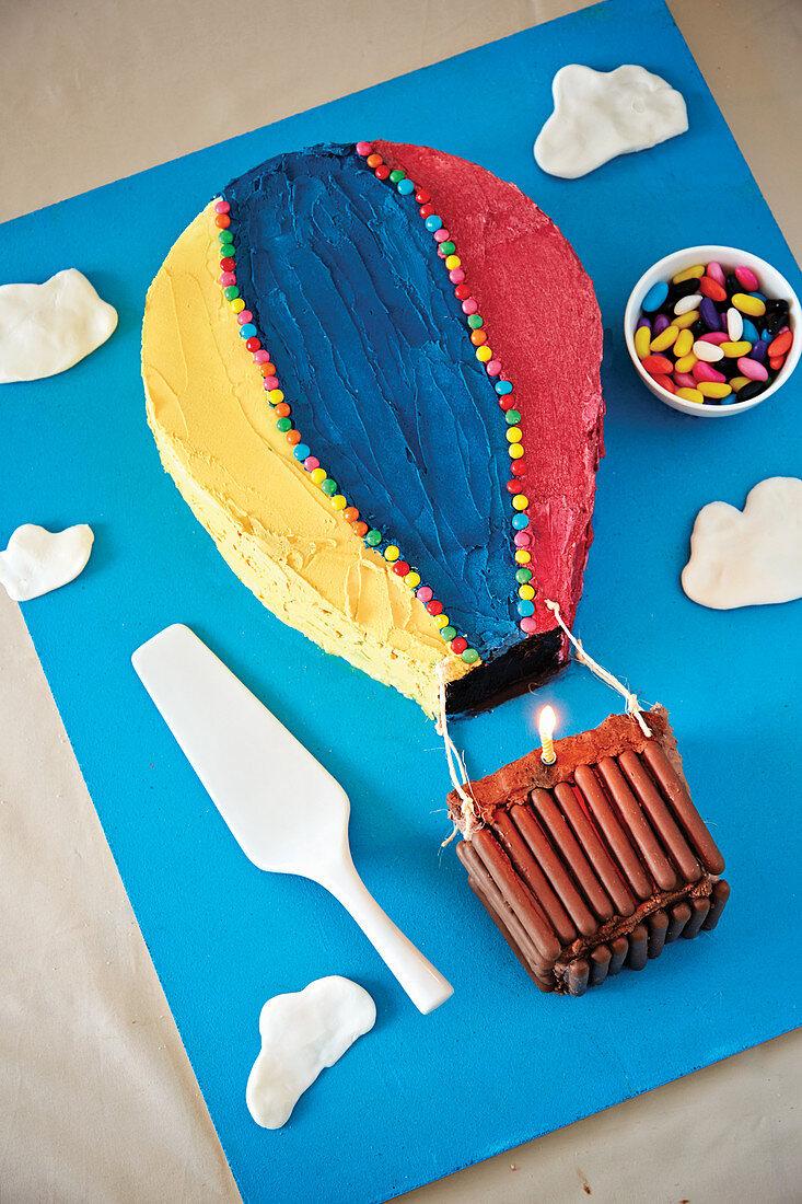 Hot Air Balloon shaped birthday cake