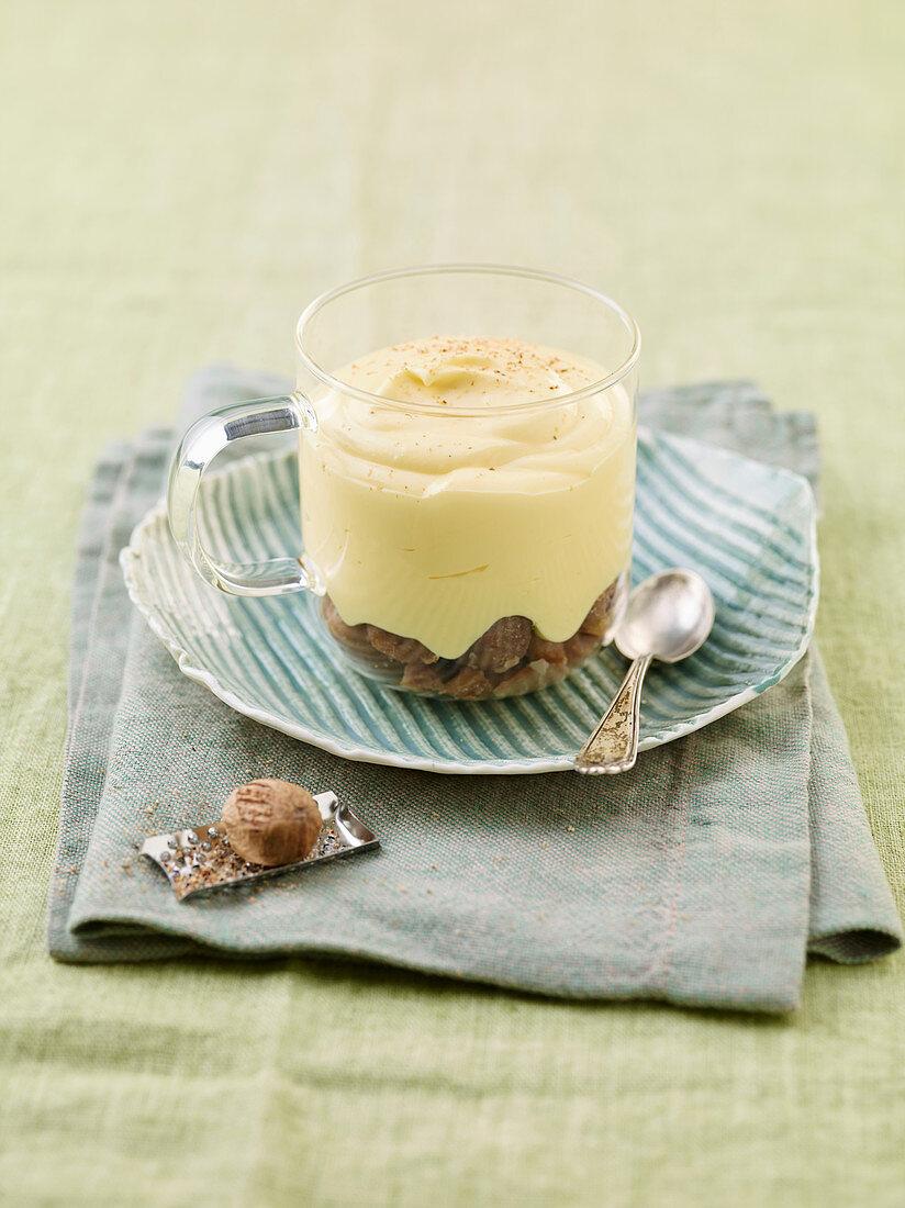 Nutmeg cream on oranges, honey and chestnuts