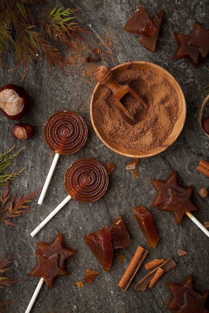 Toffee lollipops in an autumn setting