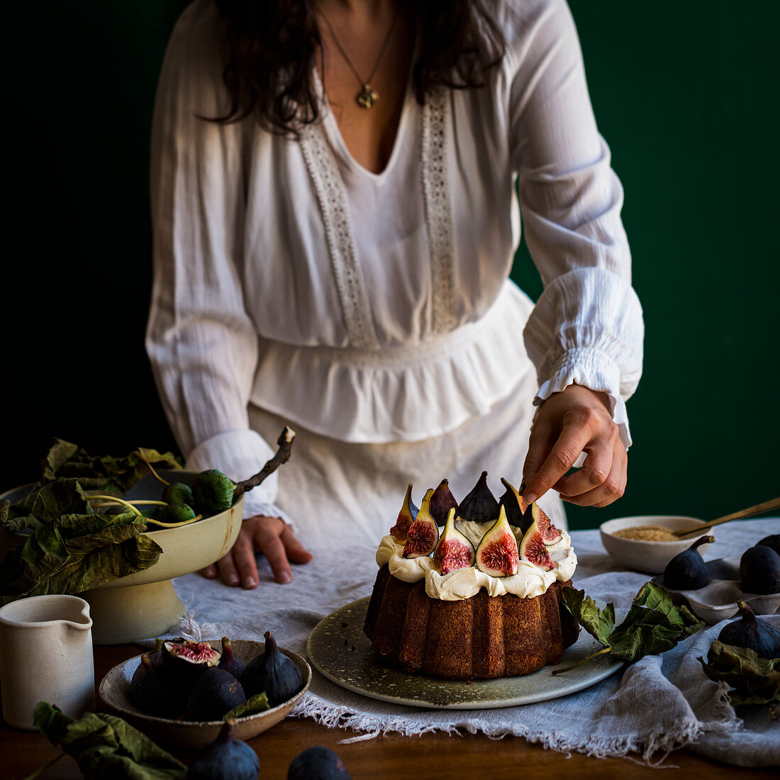 Fig Cake with figs and fig leaves