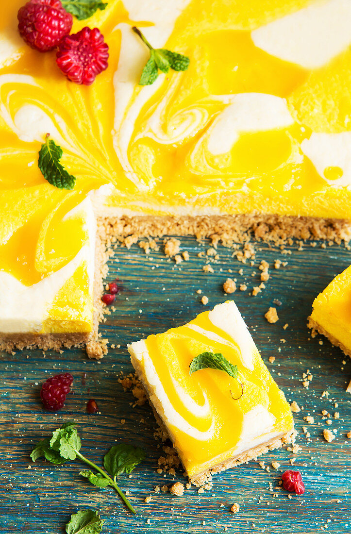 Vibrant lemon cheesecake