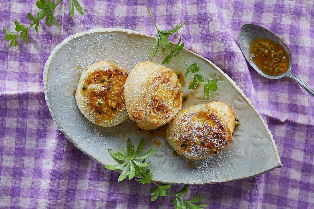 Apple snails with passion fruit sauce