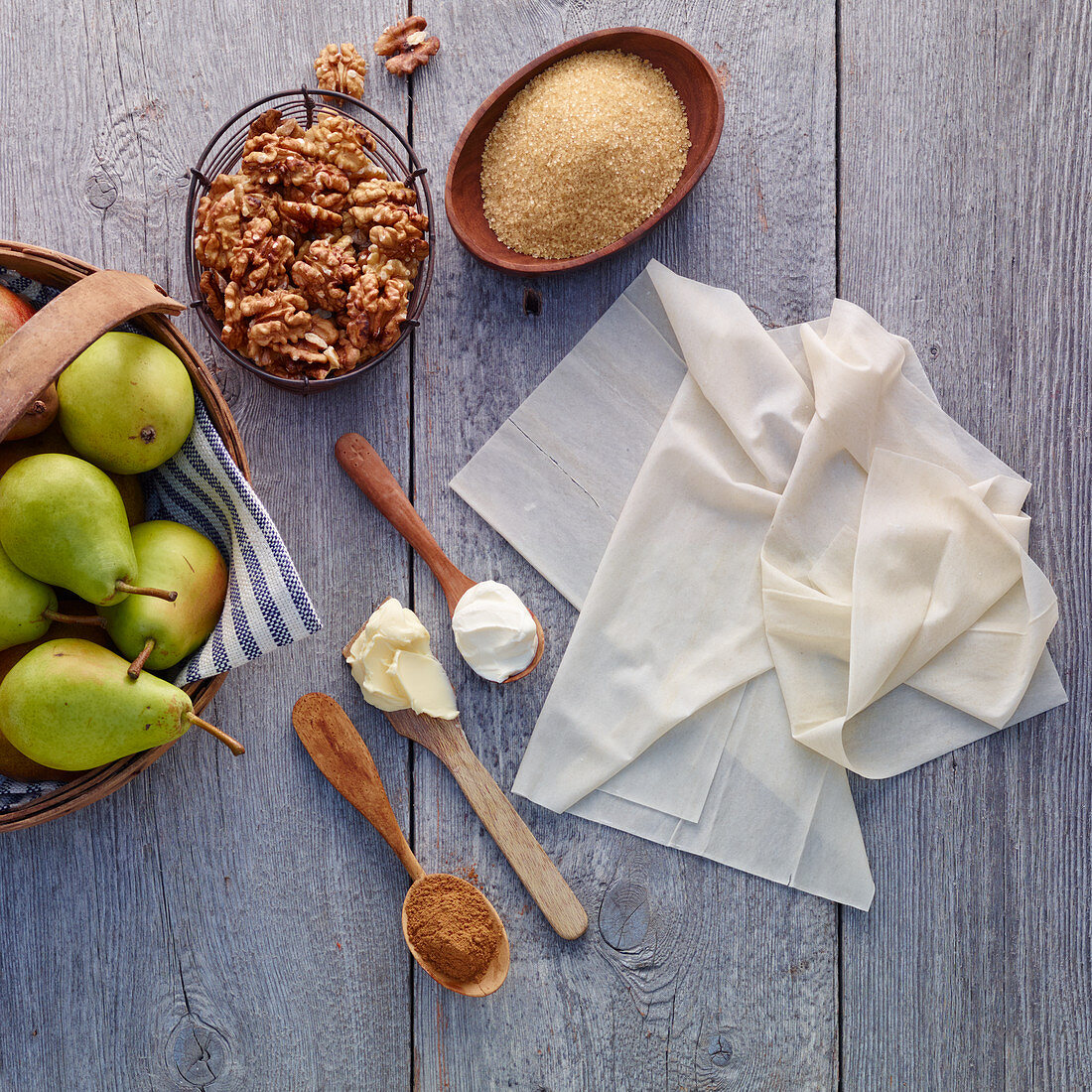 Ingredients for pear tart with filo pastry